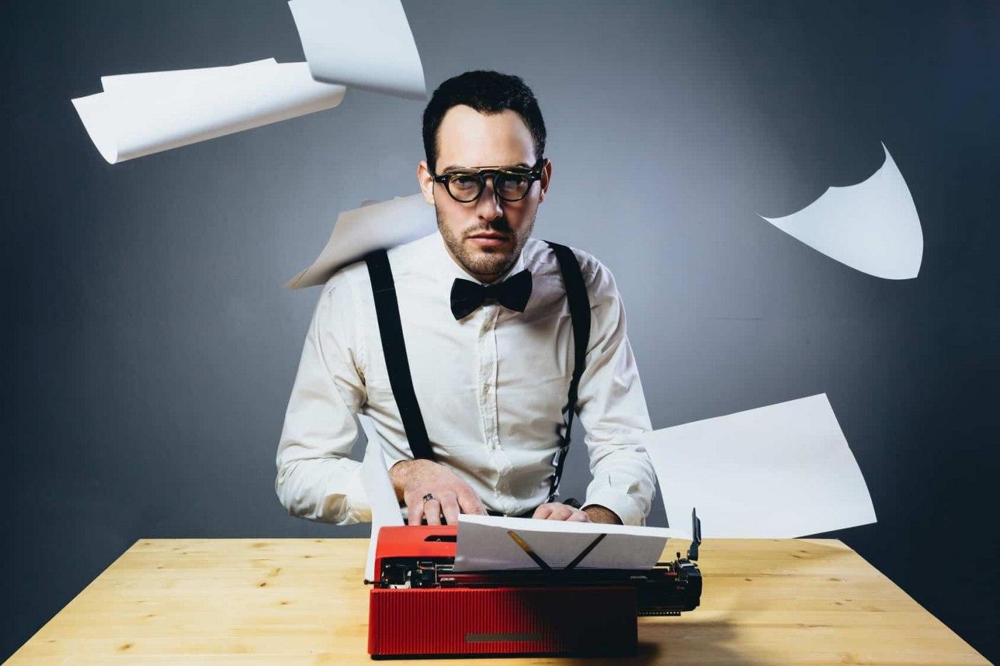Удаленная работа вакансия сценарист как фрилансеру взять ипотеку